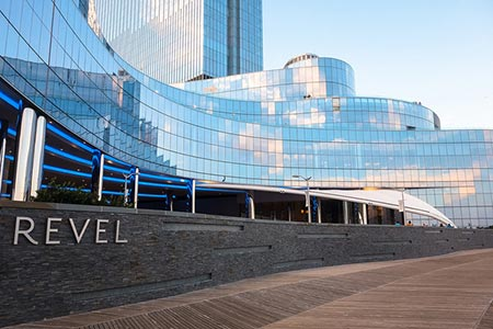 Caesars Entertainment podría ofertar por Revel Casino