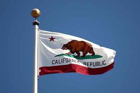 California permitirá únicamente el póker en línea